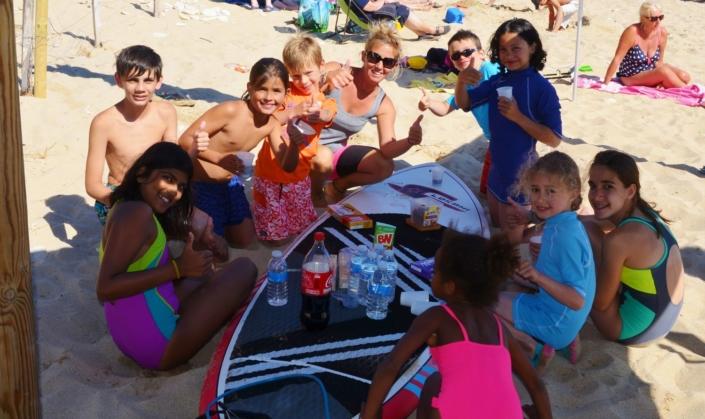 Groupe scolaire à l'école de paddle Sup Evasion